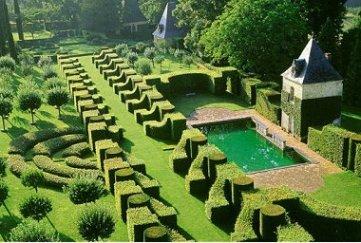 599157-les-jardins-du-manoir-d-eyrignac