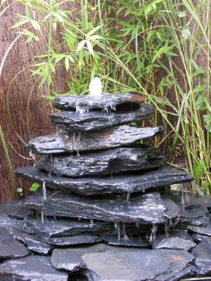 fontaine-ardoises-plates