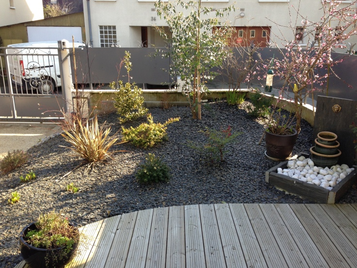 jardin et ardoise le petit jardinier. Black Bedroom Furniture Sets. Home Design Ideas