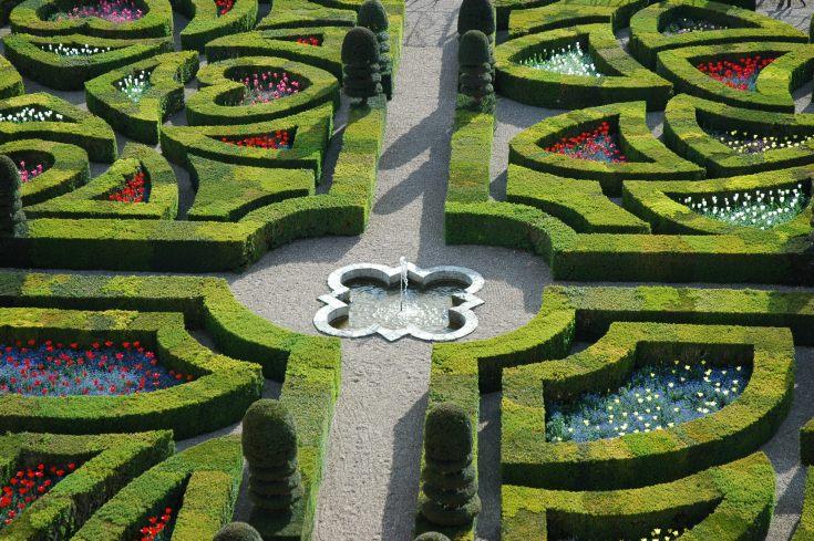 chateau_jardins_villandry_ornement_1er_salon_fontaine_hd